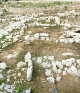 The Ġgantija phase temple at Tarxien, c 3100 BC